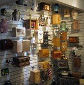 Urns, Cremation Jewelry & Keepsake Urns