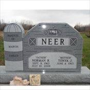 Neer-Barn Monument