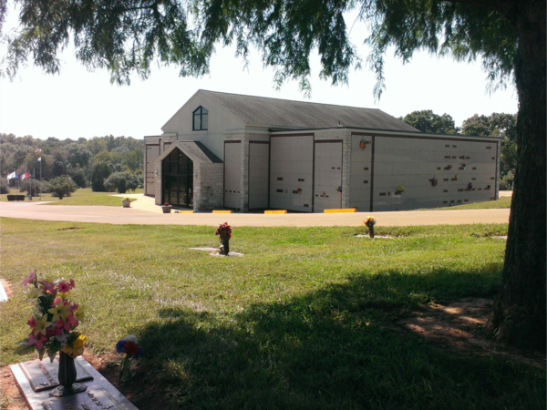 Chapel Hill Mortuary St. Francois Memorial Park
