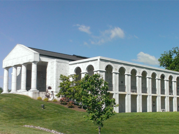 Chapel Hill Mortuary Oak Hill Cemetery 10301 Big Bend Road, Kirkwood, MO 63211 (314) 965-8228  info@stlchapelhill.com