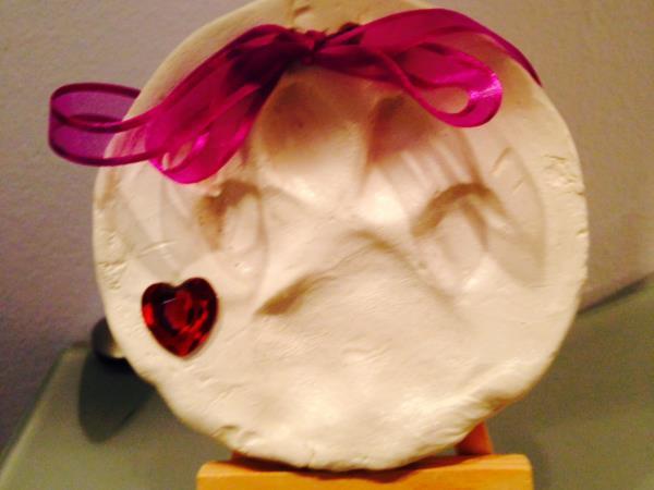 We make Clay Pawprints!
