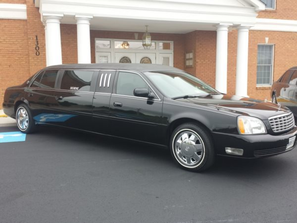 Closer Photo of Limousine