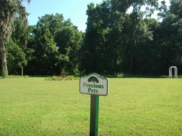 Precious Pets Garden, for those who wish to have a special place to memorialize their loving pets.