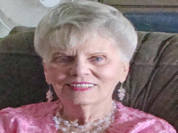 Mrs  Margaret E  Phillips Obituary - Visitation & Funeral