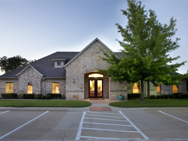 Lucas Funeral Home - Grapevine, Grapevine TX